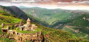Khor Virap – Areni Wine Factory – Bird's Cave Areni – Surenavan – Noravank